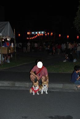 近所のお祭に….JPG